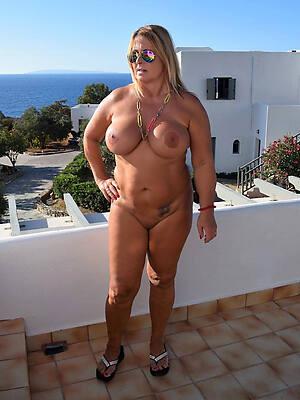fantastic nude mature moms
