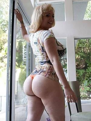 bonny mature ass pics