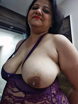 indian grown-up milf stripped