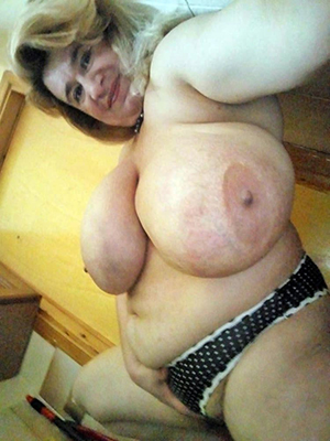 porn pics of mature women with smarting nipples