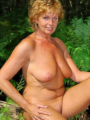 slutty beautiful mature women porn pics
