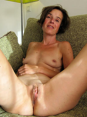 nasty mature housewives porn