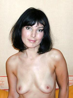 porn pics of natural full-grown women