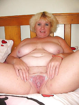 gorgeous sexy mature wifes
