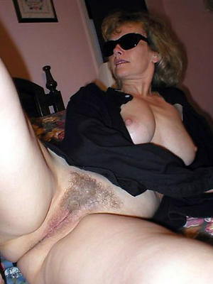 sexy mature wifes in the buff