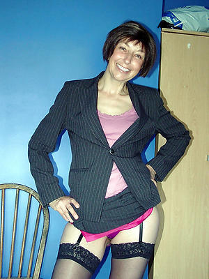 horny mature wifes pictures