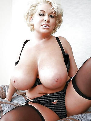 xxx mature milf boobs