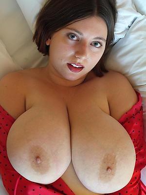 curvy mature milf boobs pictures