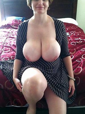 Boobs Pics