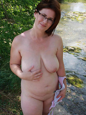 mature large boobs stripped