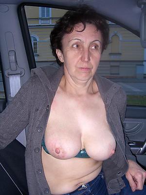 porn pics of mature brunette woman