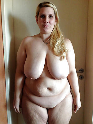 chubby mature milfs stripped