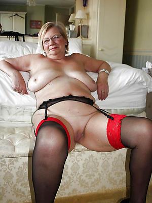 mature chubby women love porn