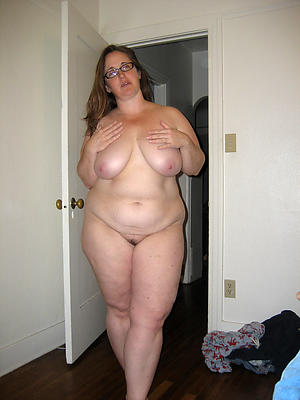 beauties beamy mature nude women