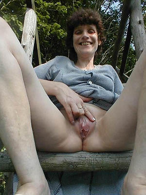 xxx hairy cunt mature