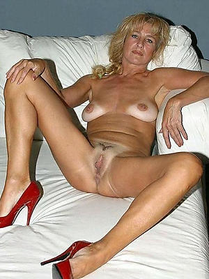 Middle aged nude wife