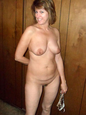 horny mature lesbians stripped pics