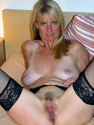 horny mature moms love porn