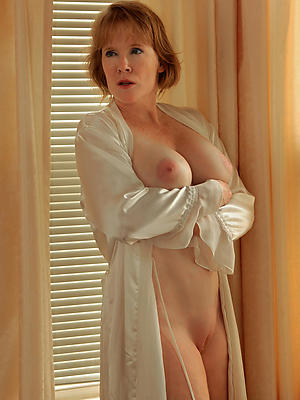 comely mature slut join in matrimony