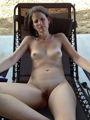 beautiful small tit mature women