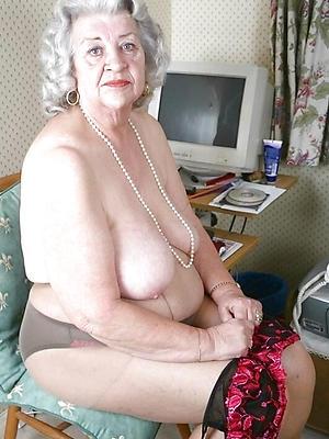 beautiful naked venerable ladies