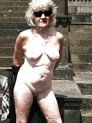 hotties mature age-old gentlefolk