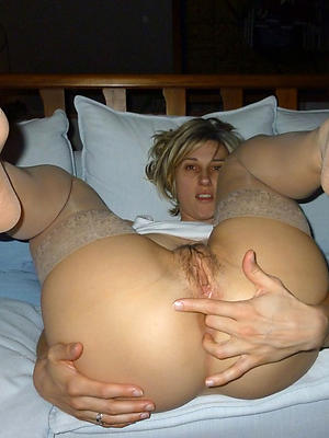 slutty sexy mature women hands