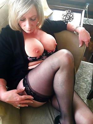 gorgeous private mature porn pictures