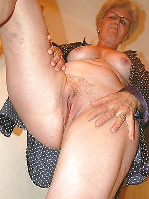 crazy real mature pussy porn pictures