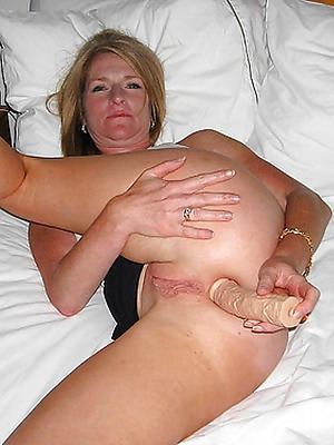 mature housewife pussy stripped