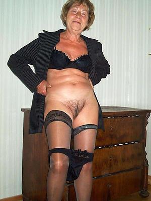 xxx easy mature stockings pics