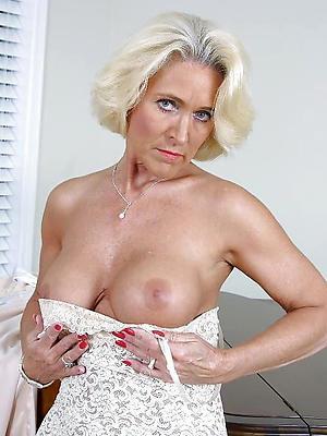 beautiful classic mature women porn pics