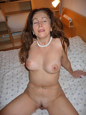 free pics of beautiful mature milfs