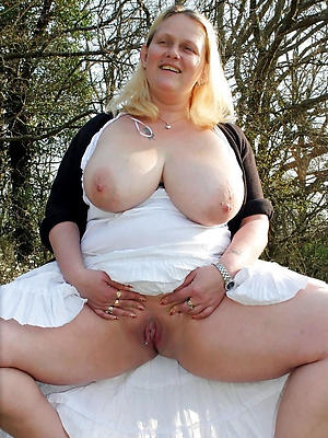 hellacious mature blonde pics
