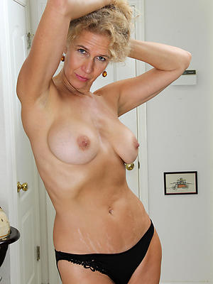 incomparable mature women models