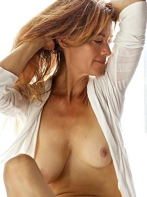 undress matured women models porn pics