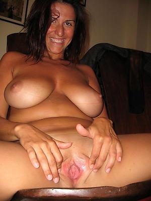 horny mature women bare