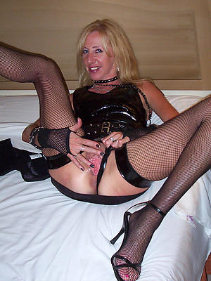 mature horny wives