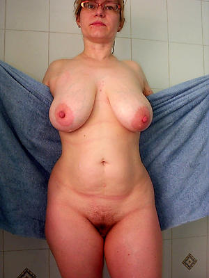 pompously tits full-grown homemade pics