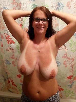beautiful mature natural tits homemade pics