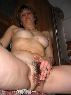 naught nude mature white women porn pictures