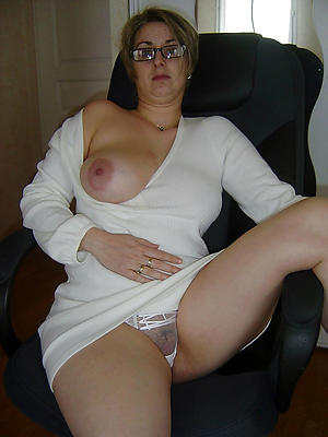 nude single mature landed gentry stripped
