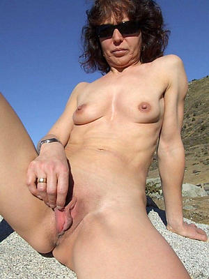 porn pics of naked single of age ladies