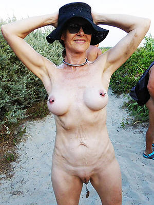 super-sexy mature wife not allowed bring to light homemade