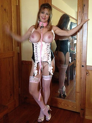 gorgeous mature women in stockings porn pics