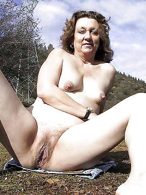 homemade mature vulvas