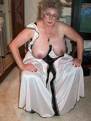crazy mature women in glasses homemade pics