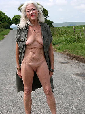 Sexy naked oriental women