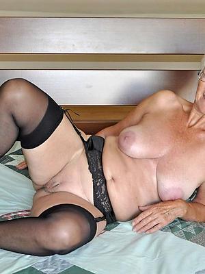 granny homemade posing nude