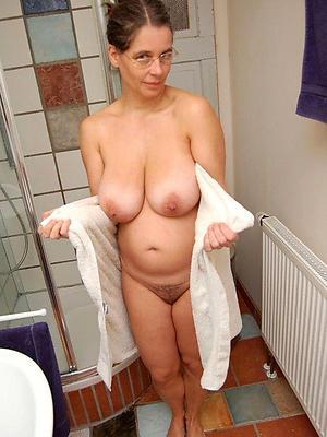 best nude women stripped